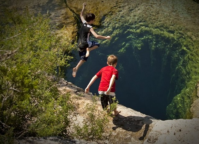 jacobs-well-boys, Texas (2)